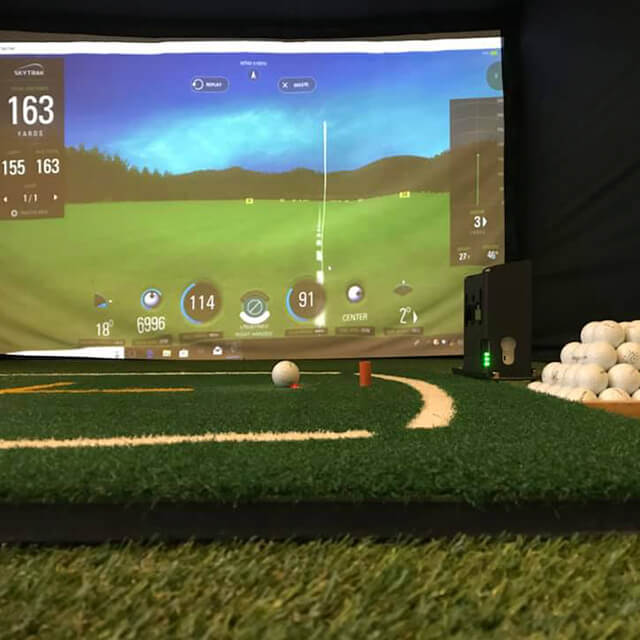 Artificial grass in golf swing studio